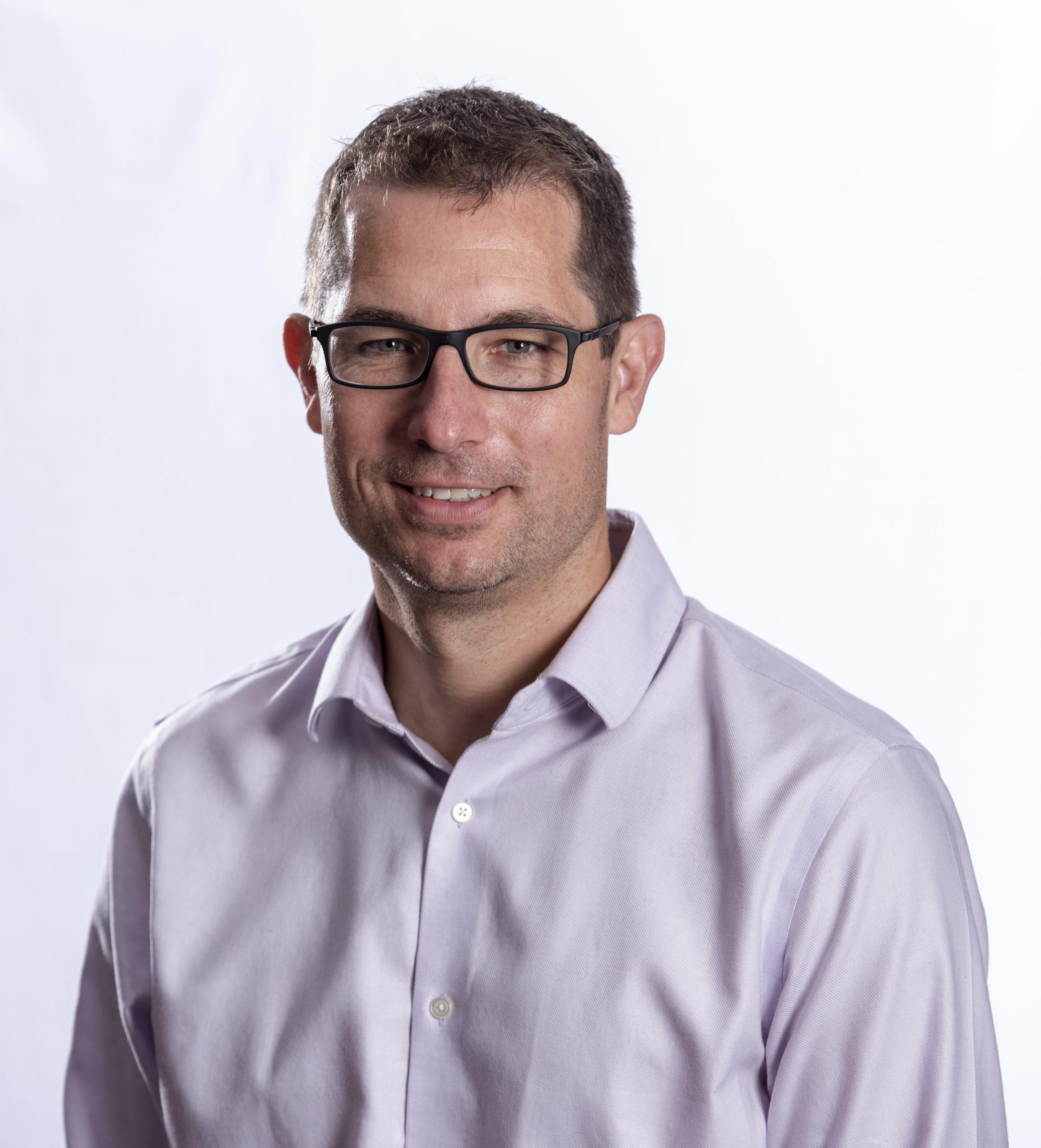 Dr Rob Anderson